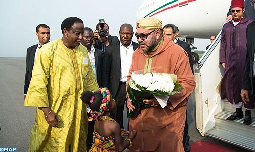 Arrivée-de-Sm-le-Roi-à-Ghana-M-504x300